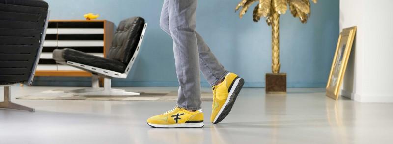 best sneakers 2fb59 c6c9b Hier kaufen Damen und Herren ihre Schuhe